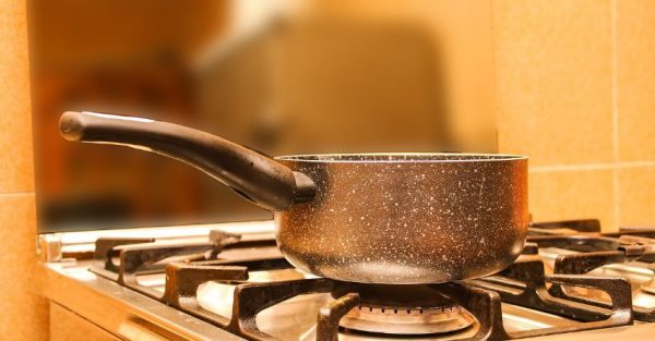 how to prevent fires and burns in the kitchen