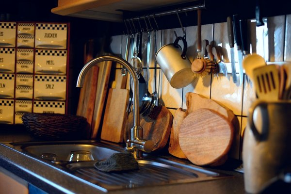 What Is The Best Kitchen Sink Organizer