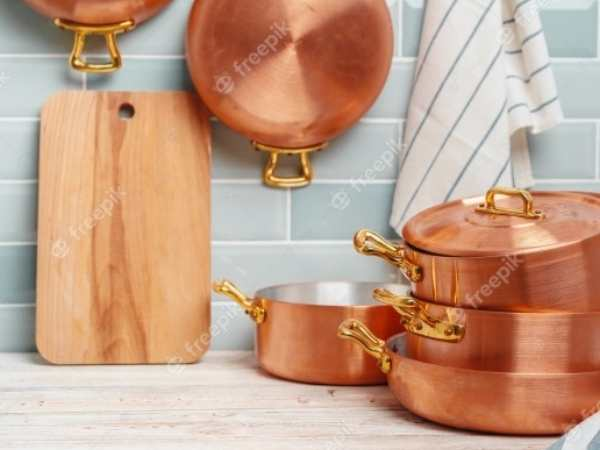 Real copper kitchenware